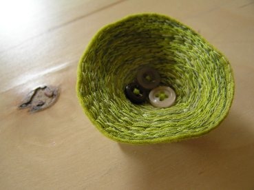Moss nest Brooch