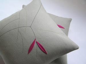 Oat twig cushion