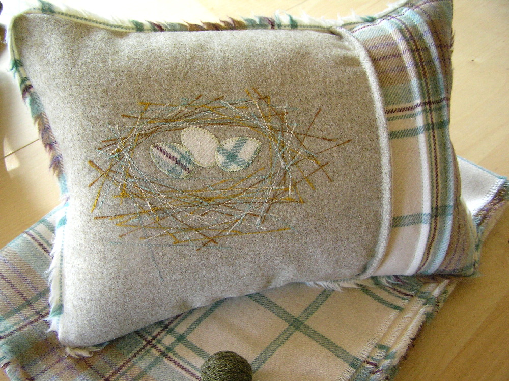 Nest cushion for Kingairloch